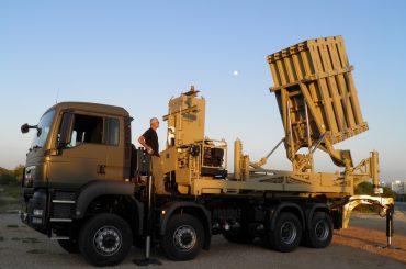 Ізраїль та Індія уклали багатомільярдну військову угоду