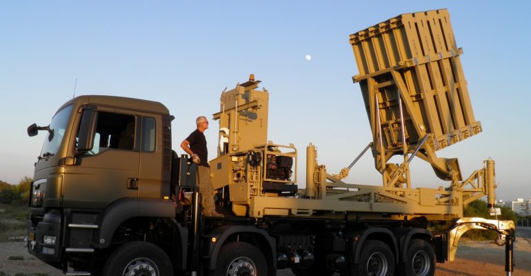 Израиль и Индия заключили многомиллиардную военную сделку