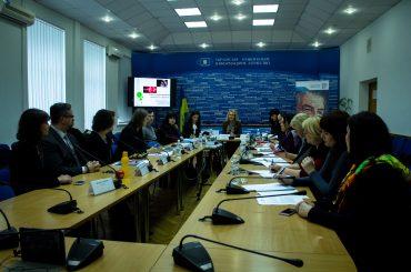 Участникам АТО и переселенцам необходима квалифицированная помощь и система социальной защиты